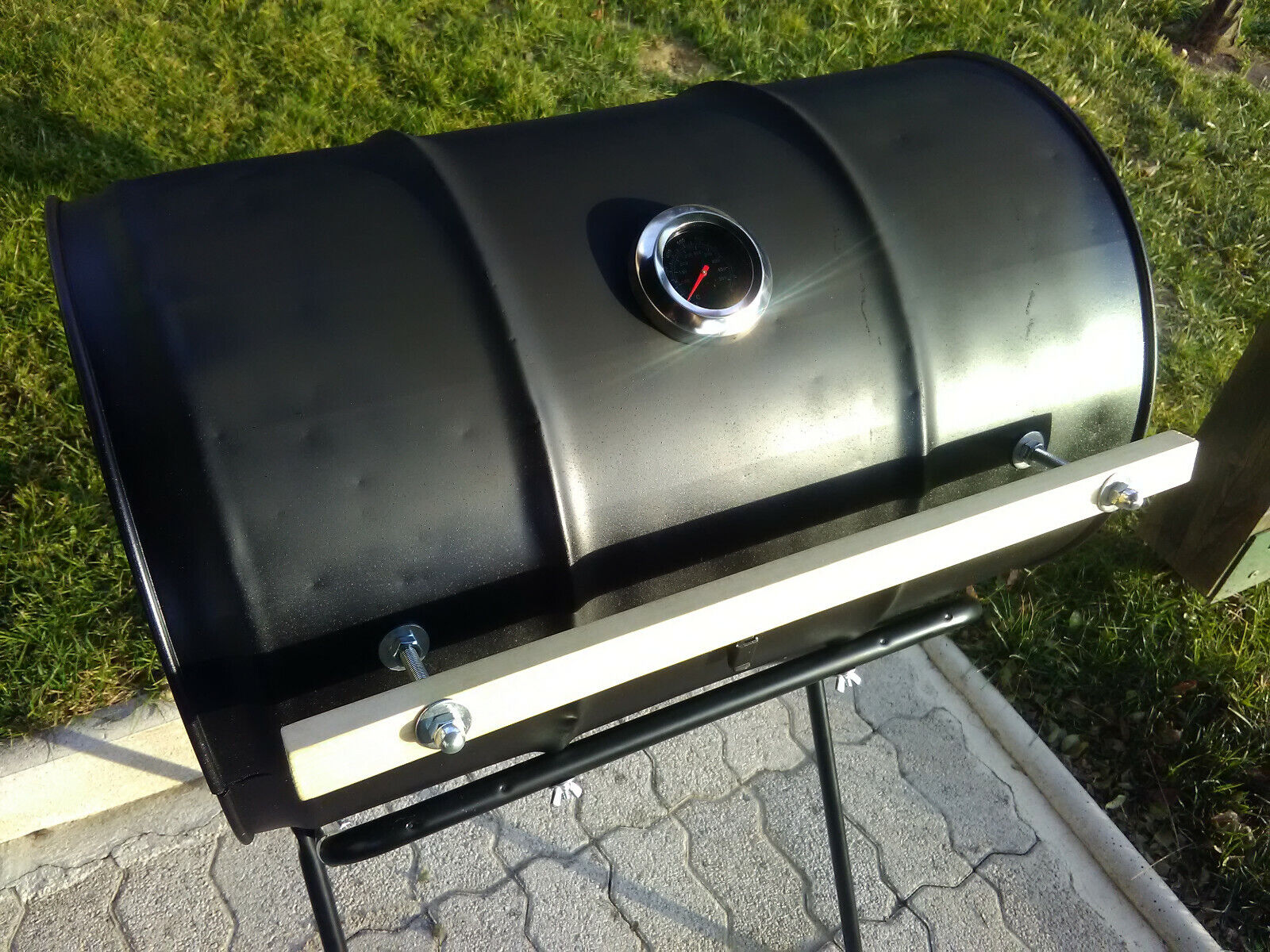 Oil Drum- Barrel Barbecue Smoker BBQ - Charcoal Oil Drum BBQ �PRICE REDUCED�