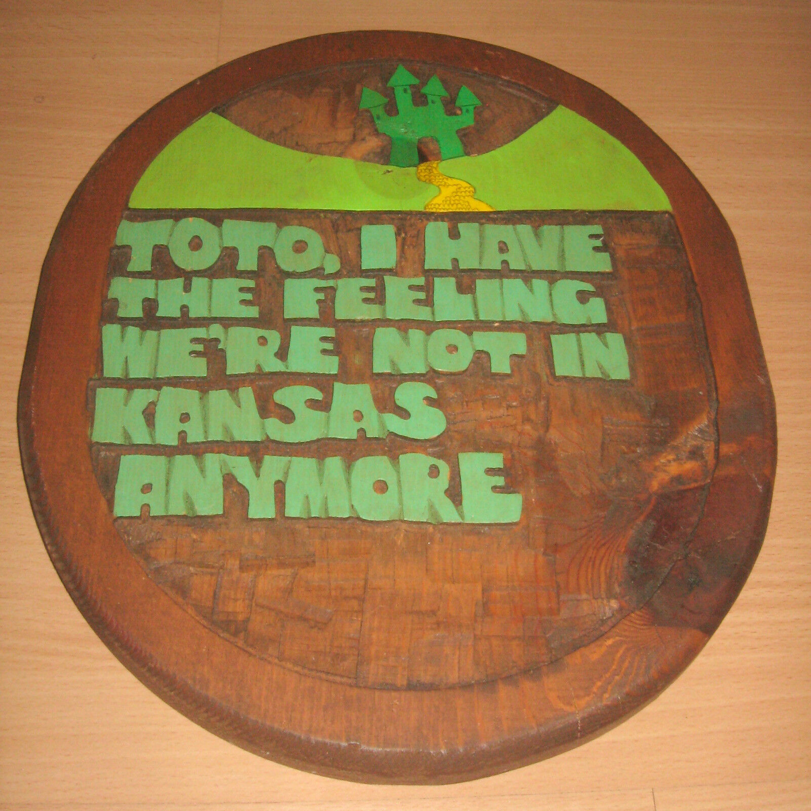 Vintage Mago di oz Wood Placca a Muro Toto, i Have The Feeling Non in Kansas